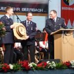 Gastgeschenk der Patenwehr Walddachsbach